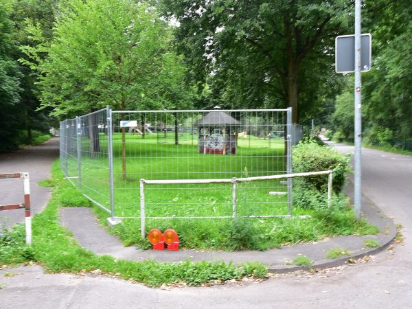 kieselrot, Kieselrot Untersuchung, Kieselrot Sanierung, Kieselrot Spielplatz, Spielplatz Sperrung, Schwerte,